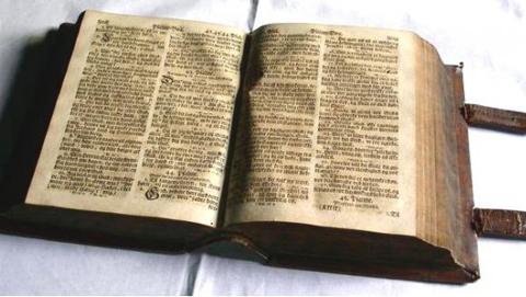 biblia_02.jpg