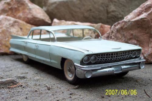 Autó modellek 1890-1970 között ( Cadillac de ville 1961 )