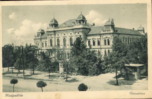 Kisújszállás Városháza