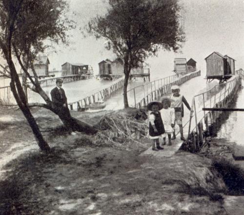 Fürdőházak Balatonbogláron