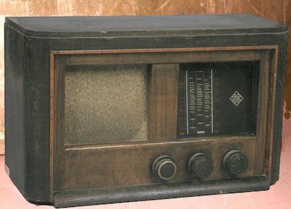 Telefunken rádió 240 V