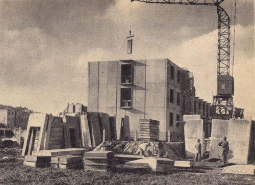 Panelház építés
