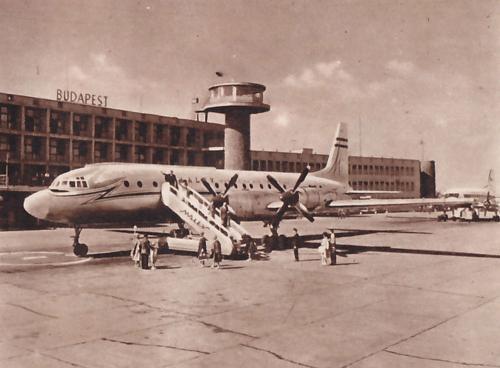 Ferihegy Malév IL-18 repölőgép