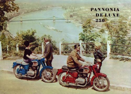 Pannonia De Luxe 250 motorkerékpár