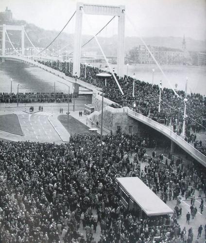 Erzsébet híd átadása