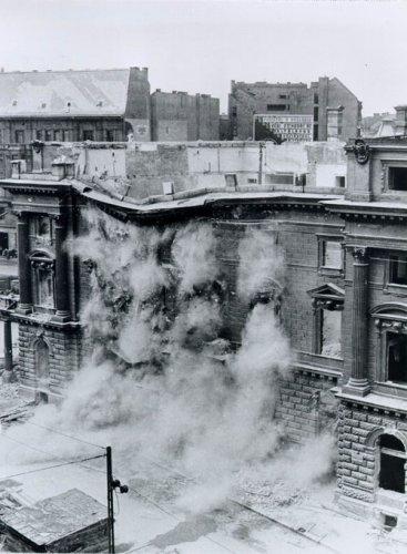 Nemzeti Színház bontása