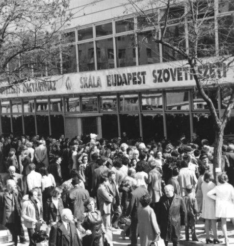 Skála Budapest Szövetkezeti Nagyáruház megnyitása