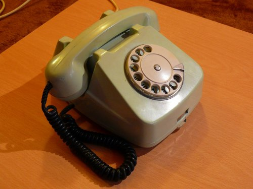 Román telefon  EM-72