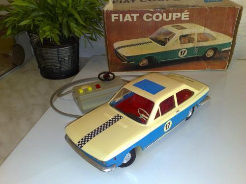 Távirányítós Fiat 124 coupe Anker-Piko