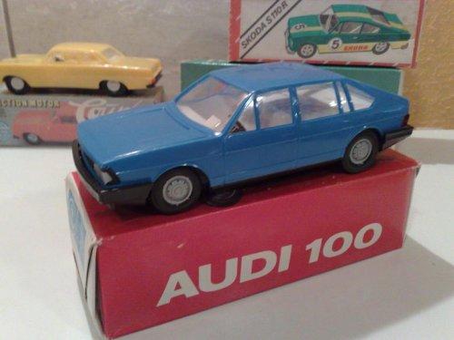 Audi 100 játékautó Anker Piko