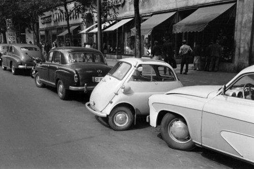 Mercedes,BMW Isetta,Wartburg