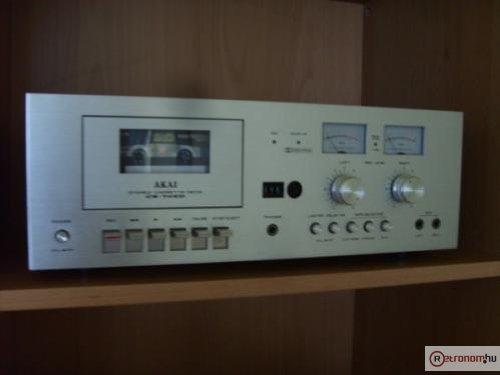AKAI CS-705D