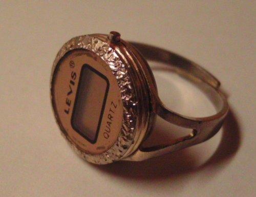 Gyűrű kvarcóra - Levis
