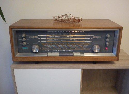 Minerva 655 elektroncsöves sztereó rádió
