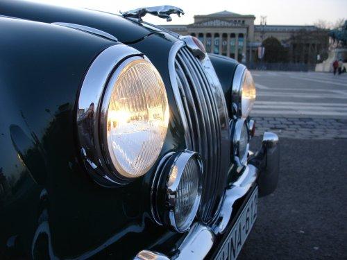 Jaguar MKII Saloon