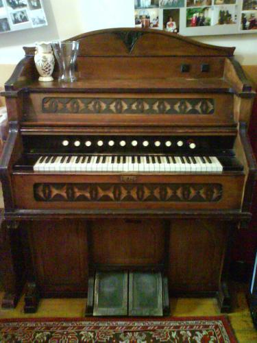 Harmónium (orgona)