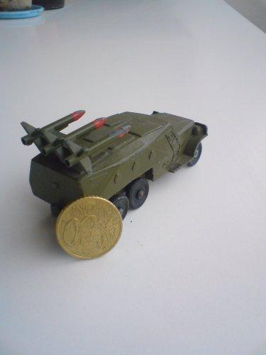 Játék harckocsi