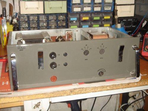 EAG EA-057 elektoncsöves monoblokk-végerősítő