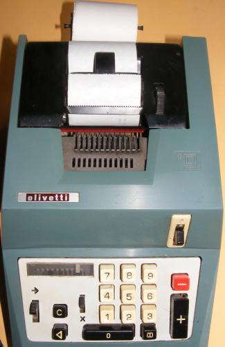 Olivetti számológép mechanikus