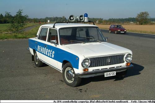 Lada rendőrautó