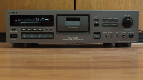 Sony PCM-R300 DAT magnó