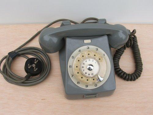 CB 666-os telefon készülék