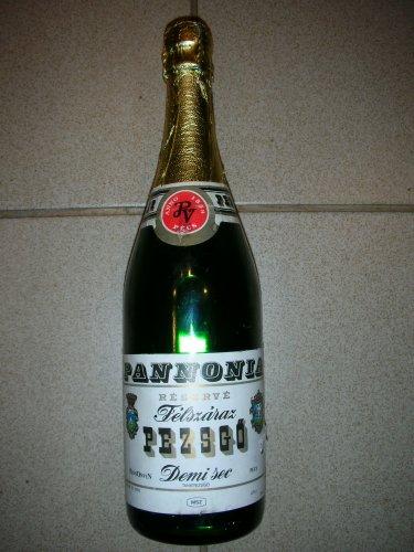 Pannonia pezsgő