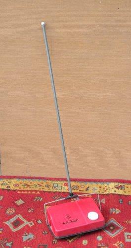 Komplex szőnyegtakaritó kézi készülék