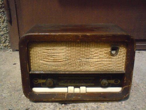 Vadásztölténygyár rádió