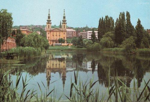 Feneketlen tó és a Szent Imre templom