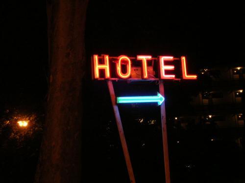 Siófok Napfény Hotel neon