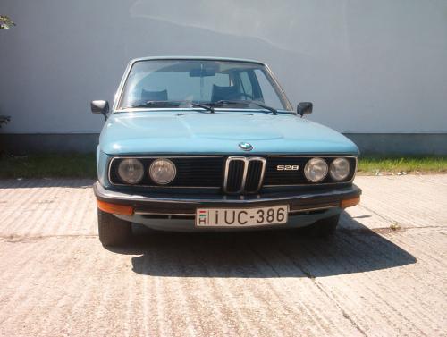 BMW 528 E-12