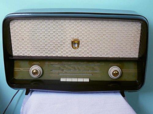 Vadásztölténygyár rádió ED55 típusú