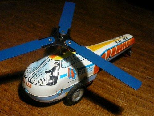 Lemezárugyári helikopter