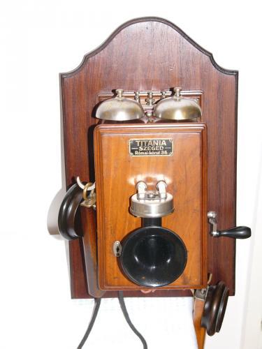 Legkorábban szabványosított hazai telefon (LB)
