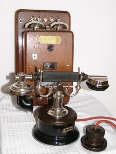 Legkorábban szabványosított hazai  CB telefon (CB-III)