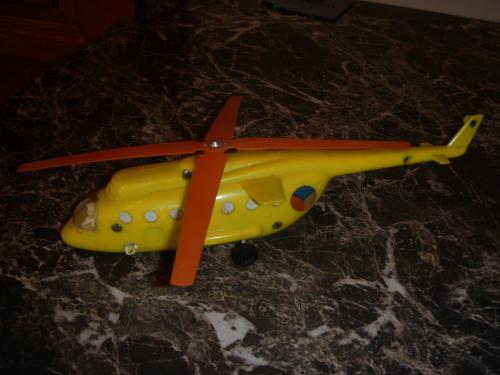 Játék helikopter lendkerekes