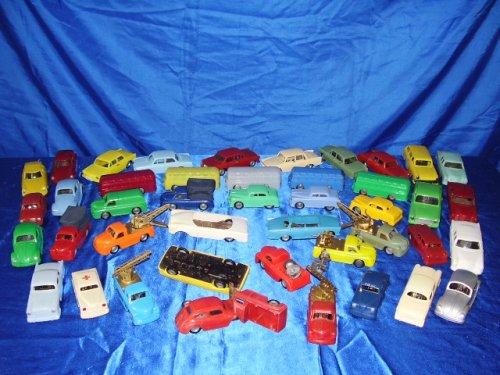 Lemezárugyári autó gyűjtemény