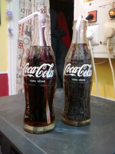 Coca-Cola üdítős üvegek