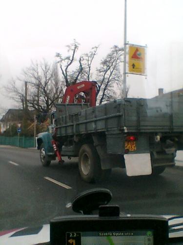 Zil teherautó napjainkban