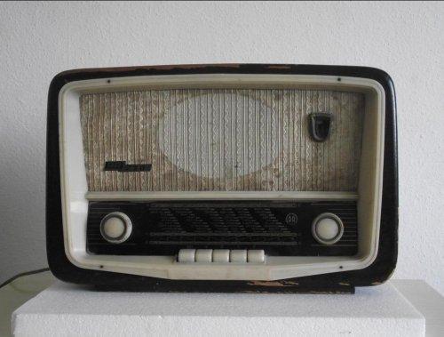 RR-230 rádió