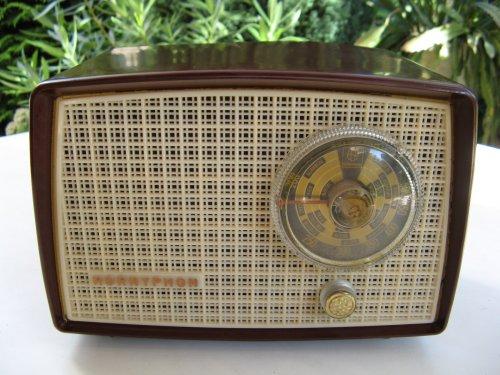 Hornyphon rádió  W149U