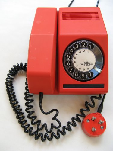 Mechanikai Művek CB 811 telefon