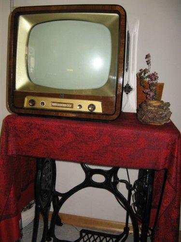 Hornyphon televízió WT 1728U/03