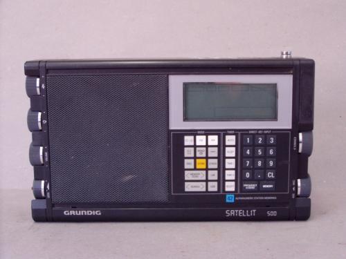 Grundig Satellit 500 rádió