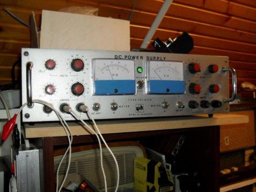 EMG TR-917 8kettős tápegység
