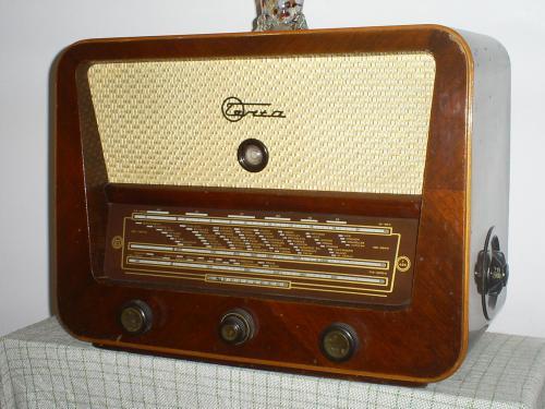 Terta rádió T 425
