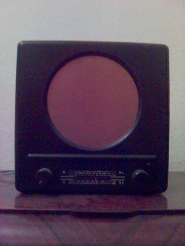 Universum rádió  W111 (Quelle)
