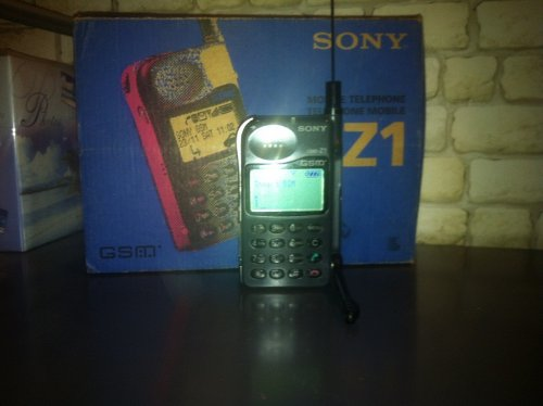 Sony mobiltelefon - CMD-Z1