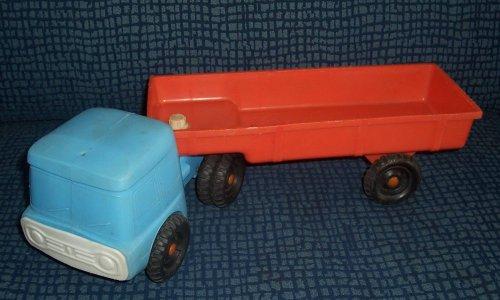 Műanyag autó